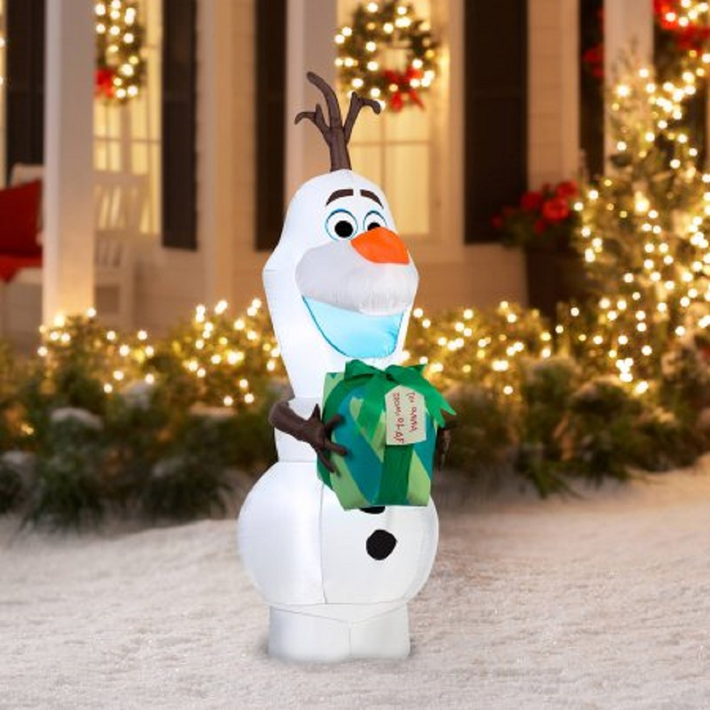 Gemmy Airblown Christmas Inflatables Disney Olaf with Gift, 5.5 ...