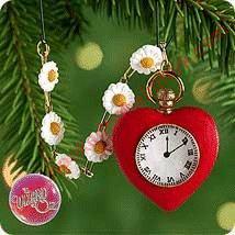- Hallmark Ornament 2000 Wonders of Oz #2 - Tin Man's Heart - Miniature