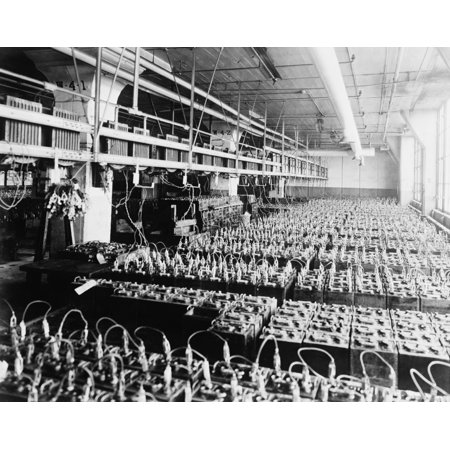 An Assembly Of 3500 Lead-Acid Batteries At The Ford Motor Company In 1924 With The Introduction Of Electric Battery Powered Starters History