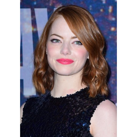 Emma Stone At Arrivals For Saturday Night Live Snl 40Th Anniversary Canvas Art -  (16 x 20) - Saturday Night Fever Suit