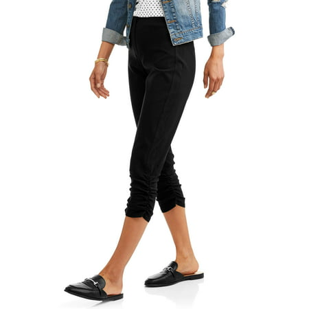 (Donna Sorento Women's Capri Pants with Ruched Detail)