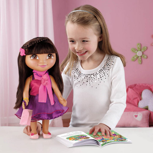 Fisher-Price Dora Dress-Up Collection, Fiesta