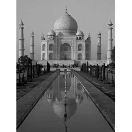 Taj Mahal, Agra, Uttar Pradesh, India Print Wall Art By Peter Oxford