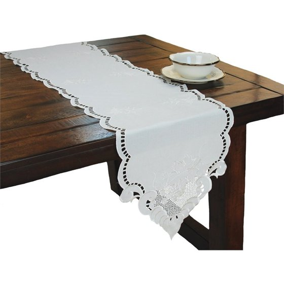 Xia home fashions grapes and leaves 15 x 72 table runner for Table induction 71 x 52