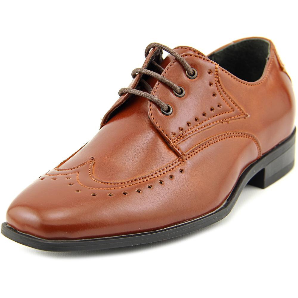 Stacy Adams Atticus Wingtip Toe Leather Oxford by Stacy Adams