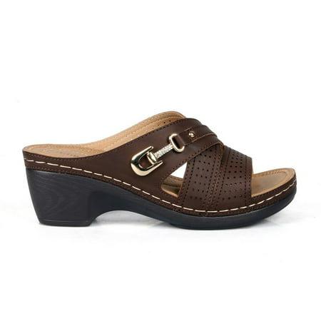Comfeite Qatar-01 Crisscross Women's Comfort Sandals in Brown