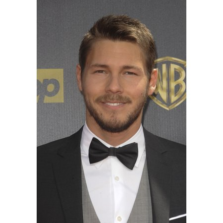 Scott Clifton At Arrivals For The 42Nd Annual Daytime Emmy Awards 2015 - Part 2 Warner Bros Studios Burbank Ca April 26 2015 Photo By Elizabeth GoodenoughEverett Collection Celebrity