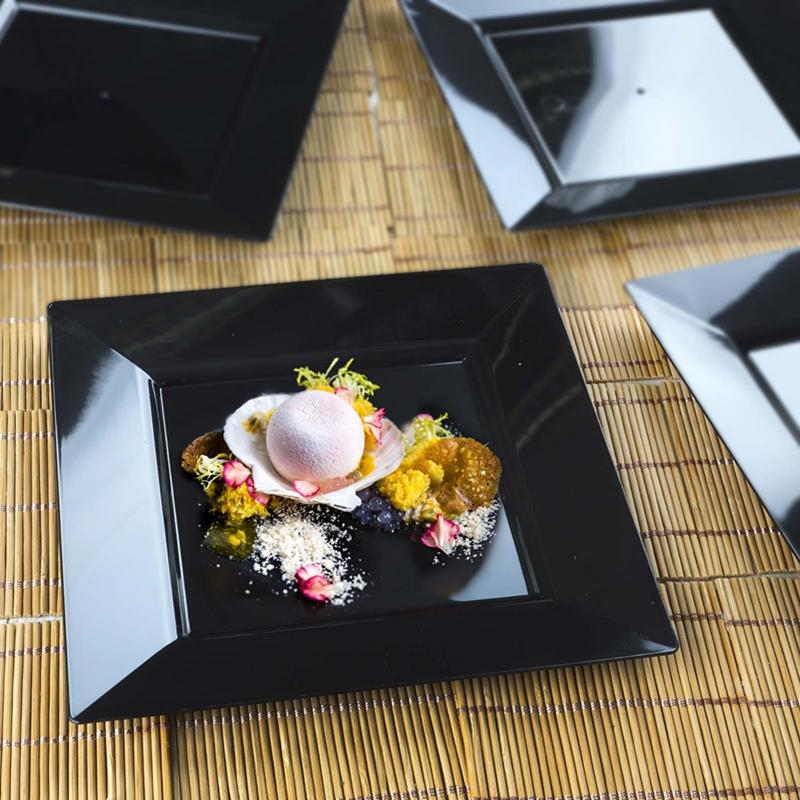 """10//pk  Clear 10.75/"""" Square Disposable Plastic Plate  Catering"""