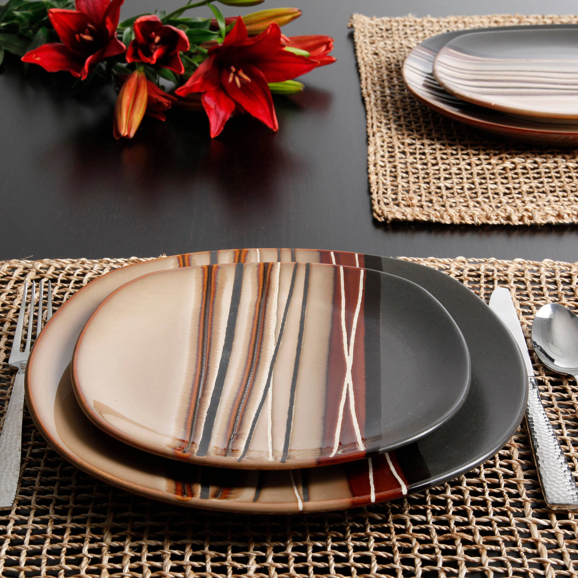 Better Homes and Gardens Bazaar Brown 16-Piece Dinnerware Set