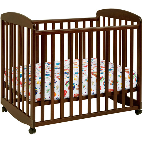 DaVinci Alpha Fixed-Side Mini Rocking Crib, Espresso