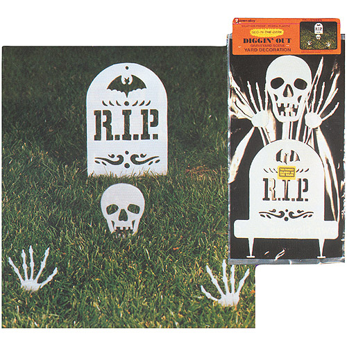 Glow-in-the-Dark Skull Diggin' Out Set Halloween Decoration