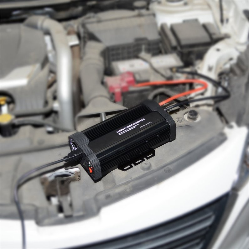 NEW Upgraded P1500C Car Power Inverter DC12V to AC110V