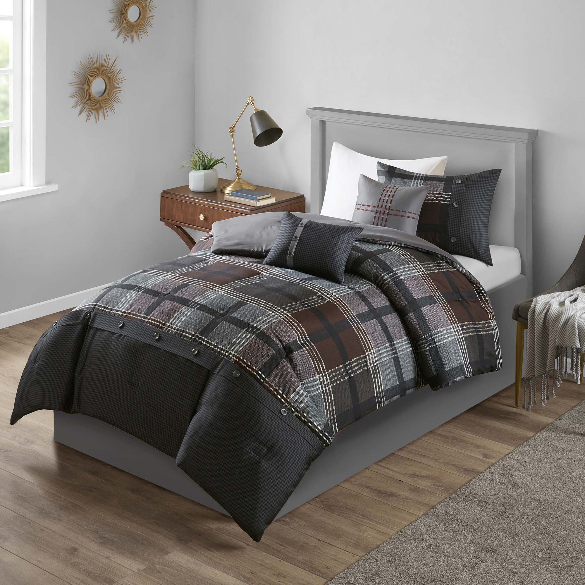 Mainstays Estrella Plaid Printed Comforter Bedding Set