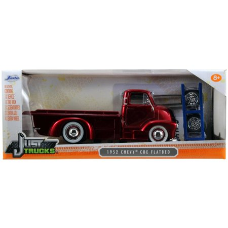 - Just Trucks 1:24 Diecast W14 1952 Chevy COE Flatbed, Candy Red