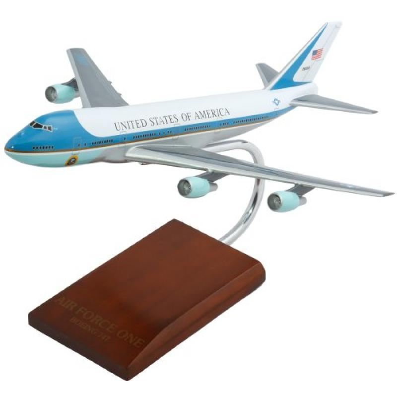 Mastercraft Collection VC-25A Air Force One Model Scale: 1/200