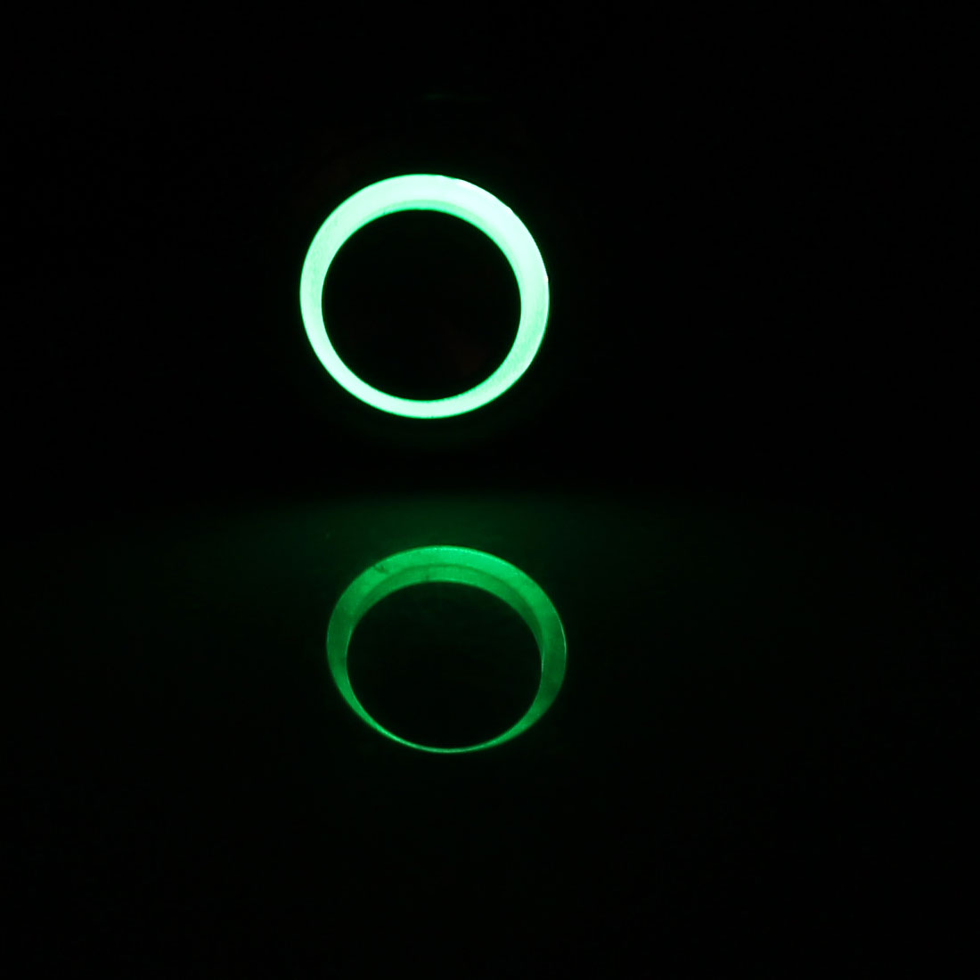 12V 16mm Vert Lampe LED Momentané Métal Commutateur De Bouton Poussoir élevée Couvercle - image 1 de 3