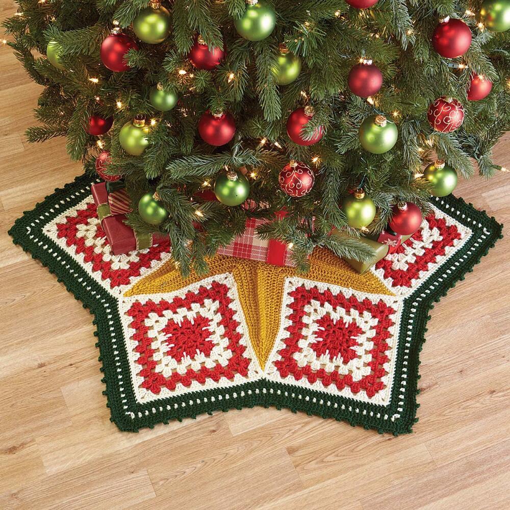 Easy Crochet Christmas Tree Skirt: Herrschners® Star Bright Christmas Tree Skirt Crochet Yarn