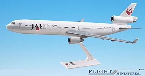89-03 MD-11 Airplane Miniature Model Plastic Snap-Fit 1:200 Part# AMD-01100H-016 Japan Airlines