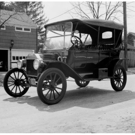 Image of Old fashion Ford Canvas Art - (24 x 36)