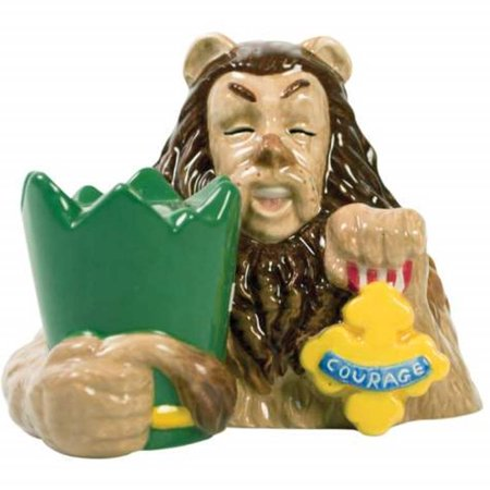 Cowardly Lion and Badge of Courage Salt and Pepper Shakers