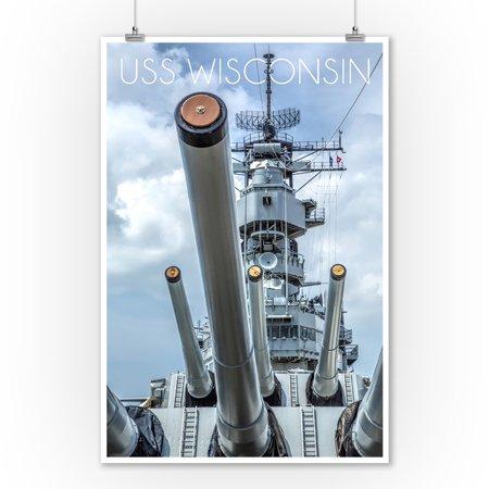 USS Wisconsin - Guns View - Lantern Press Photography (9x12 Art Print, Wall Decor Travel Poster)
