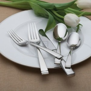 CONOVER 65 PICE FLATWARE SET, Service for 12