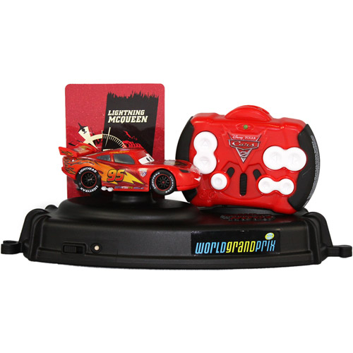 Disney Cars Air Hogs R C Lightning McQueen Remote Control Car [Lights & Sounds] by Spin Master Toys