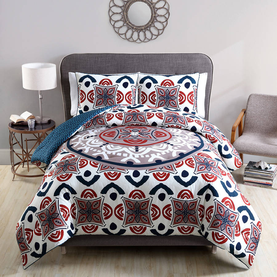 VCNY Mirabelle Multi-Colored Geometric Embroidered Reversible 3-Piece Bedding Comforter Set