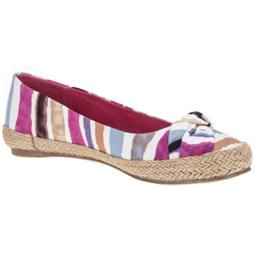 Guppy Love Womens Casual Shoe