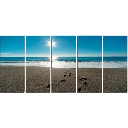 DESIGN ART Blue Sea and Footprints in Sand - Large Seascape Art Canvas (Footprints Canvas)