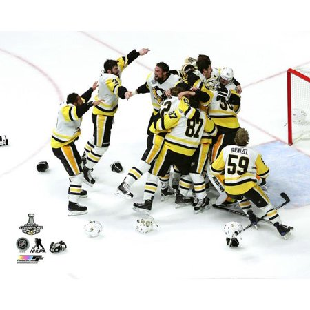 Pittsburgh Penguins Framed Photos - The Pittsburgh Penguins celebrate winning Game 6 of the 2017 Stanley Cup Finals Photo Print