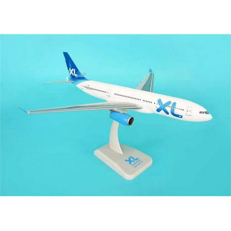 Hogan Wings 1-200 Commercial Models HG1554G Xl Airways Airbus 330-200 with Landing Gear British Airways Airbus