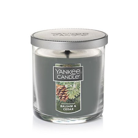 Balsam & Cedar Small Single Wick Tumbler Candle, Top Note: Crisp Citrus, Herbs, Red Berry. Top is the initial impression of the fragrance. By Yankee