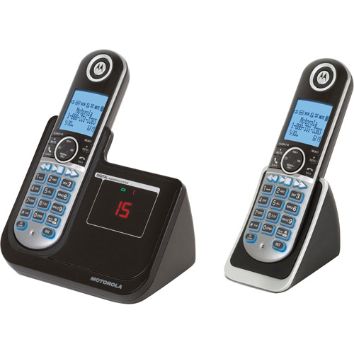 Motorola P1002 DECT 6.0 Cordless Phone with 2 Handsets, Digital Answering System and Customizable Color Back Plates