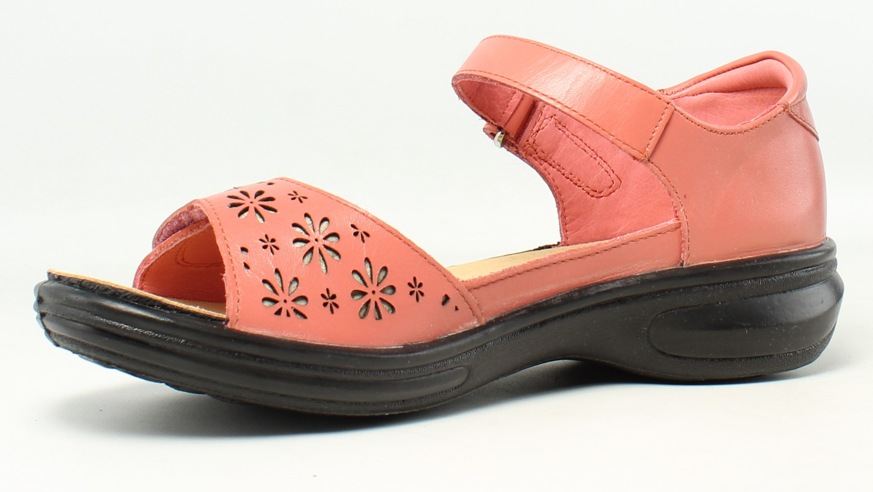 New Revere Womens 34Tusccorw060m Coral Ankle Strap Flats Size 6
