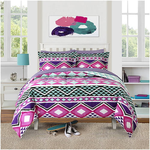 Click here to buy Better Homes and Gardens Kids Fiesta Diamonds Bedding Comforter Set by WELSPUN GLOBAL BRANDS LIMITED.