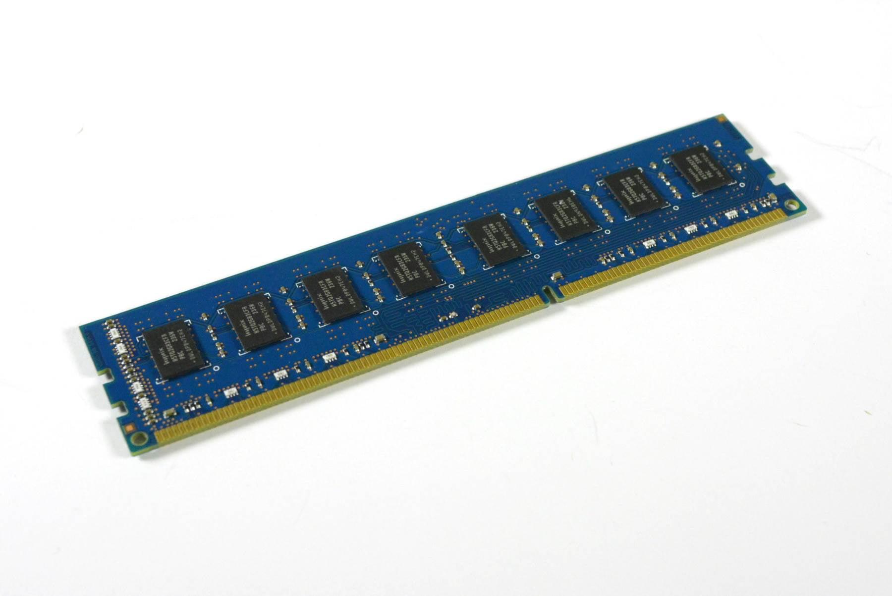 HYNIX 4GB 2Rx8 PC3-12800U Desktop Memory HMT351U6CFR8C-PB