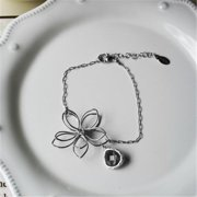 Rebecca FBSSSG Flower Wire Bracelet - Silver-Smokey Gray