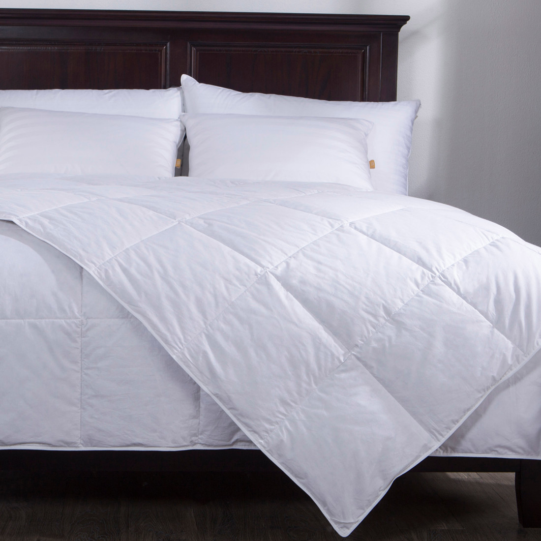 Puredown Lightweight Down Comforter Duvet Insert 100% Cotton 550 Fill Power, Twin Size, White