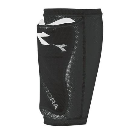 Diadora Black Shin Guard (Diadora Unisex Pocket Athletic Shinguard Sleeve BLACK S)