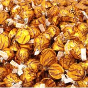 Hershey's Kisses , Milk Chocolate with Caramel, Gold Foils (Pack of 2 Pound)