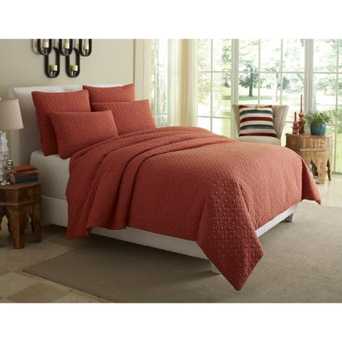 Michael Amini  Fillmore Coverlet Set