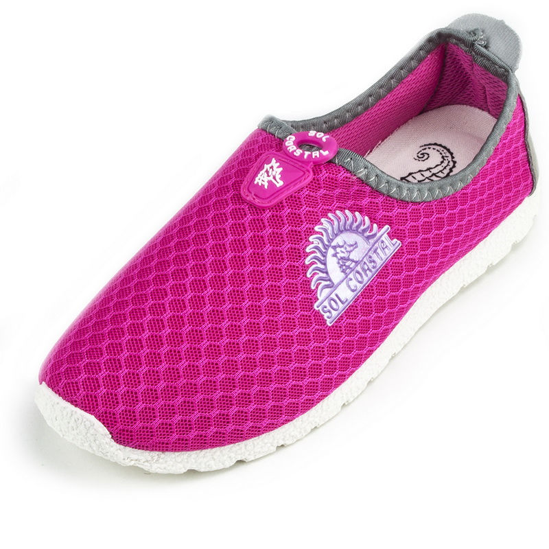 Brybelly Pink Women's Shore Runner Water Shoes, Size 7 by BryBelly