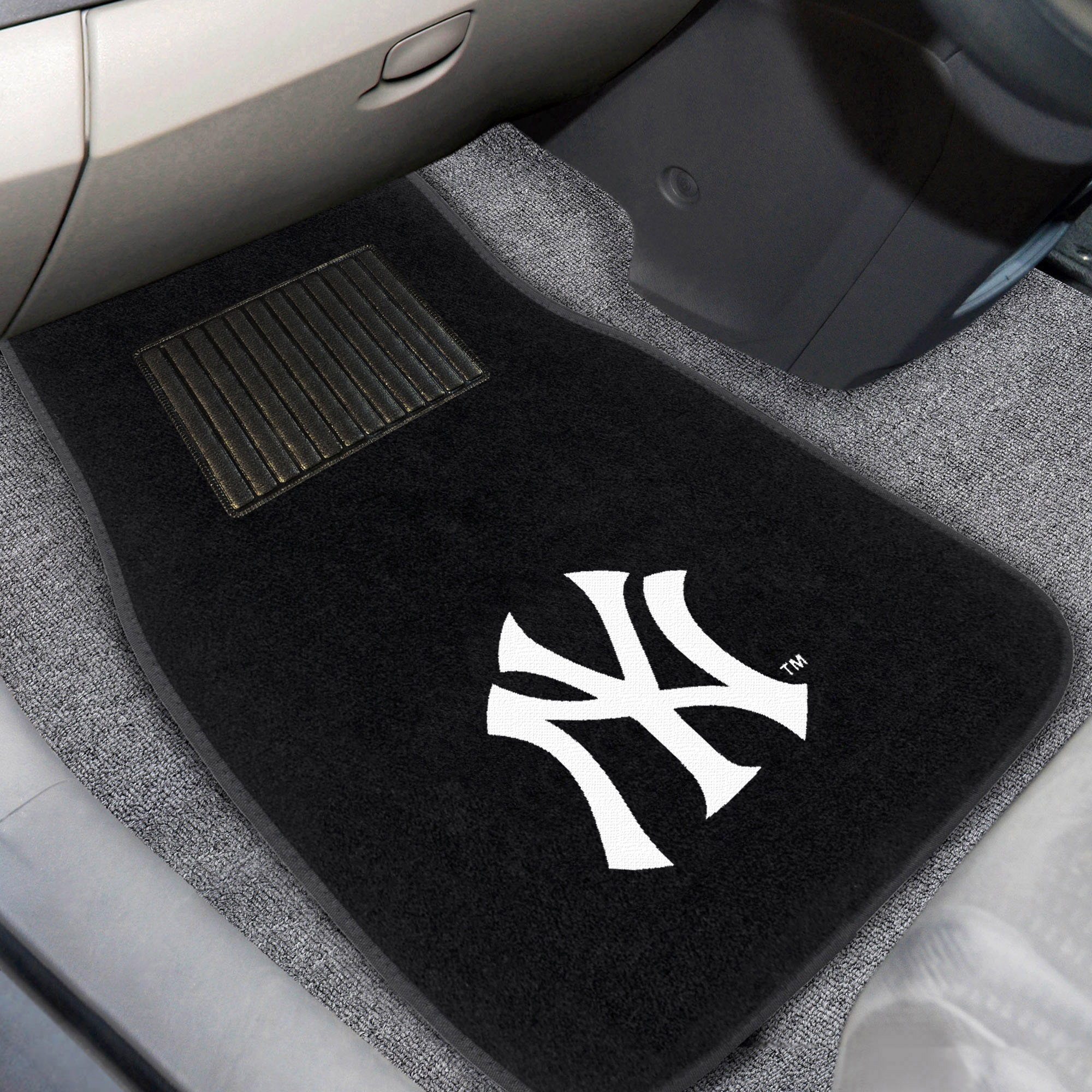 New York Yankees 2-Piece Embroidered Car Mat Set - No Size