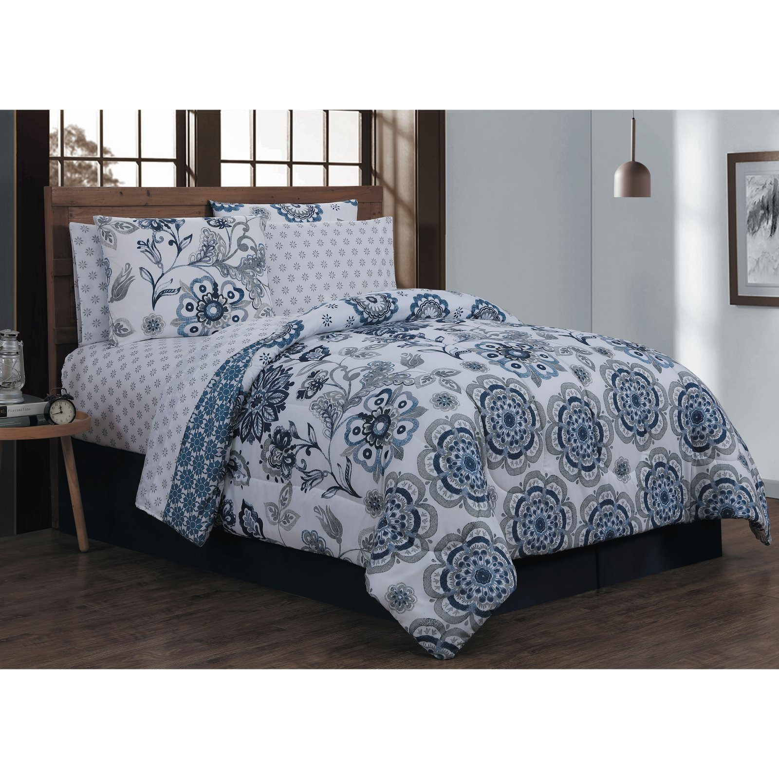 Avondale Manor Cobie 8pc Bed in a Bag Set - King - Blue