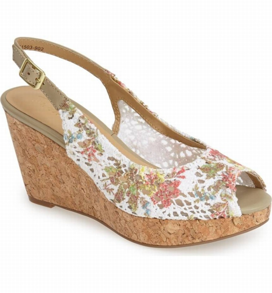 Trotters New White Women Shoe Size 7.5W Allie Floral Wedge Sandal by Trotters