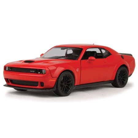 2018 Dodge Hellcat Diecast Model Car in Red 1:24 Scale by Motormax (Danbury Mint Diecast Cars)