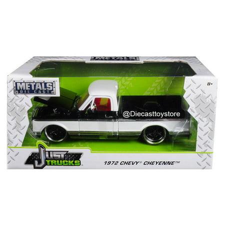 JADA 1:24 W/B - METALS - JUST TRUCKS - 1972 CHEVROLET CHEYENNE (BLACK/WHITE) (1972 72 Chevrolet Chevy Truck)