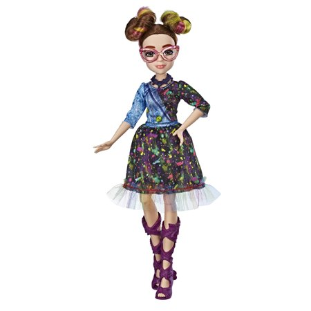 Disney Descendants Dizzy Fashion Doll, Ages 6 and up