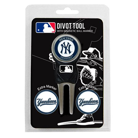 Team Golf MLB New York Yankees Divot Tool Pack With 3 Golf Ball Markers